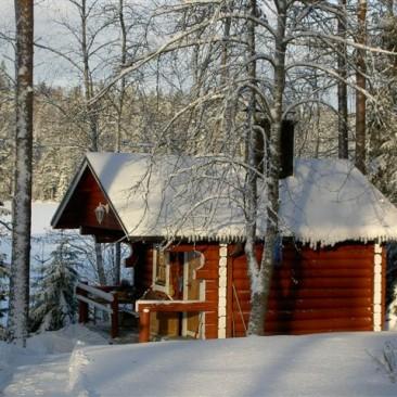 Punainen rantasauna talviasussa., Wanha Punainen 4 Öljyn Laatumaali.
